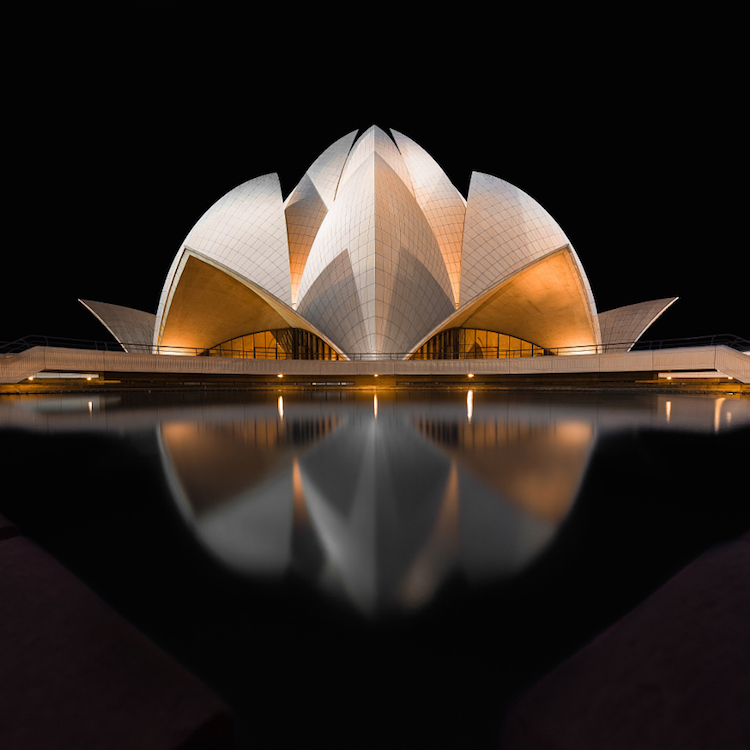 Sydney Opera House - Black Lotus
