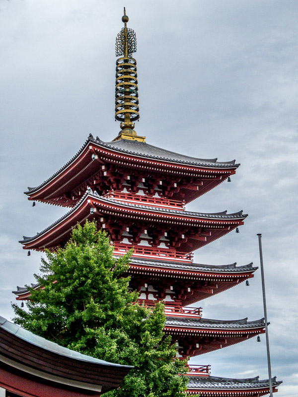 Five-story pagoda tower