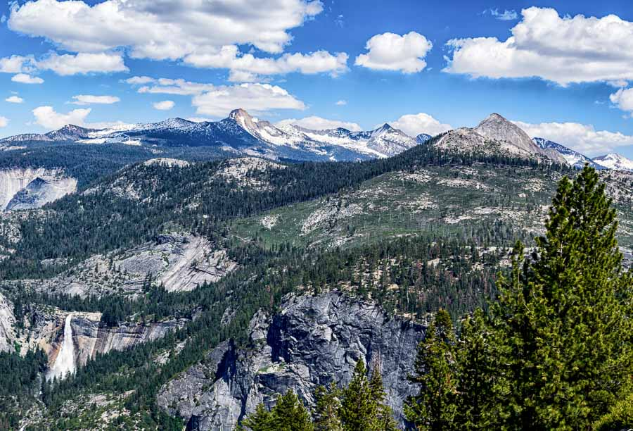 A multitude of mountain tops seen from Glacier Point