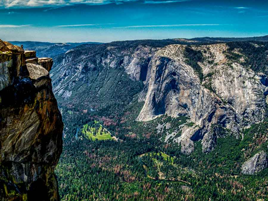 A view from near the edge at Taft Point