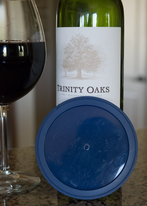 cover lid with wine bottle