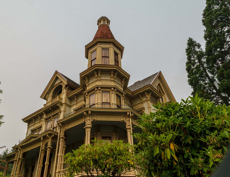 Victorian features of the Flavel House Museum
