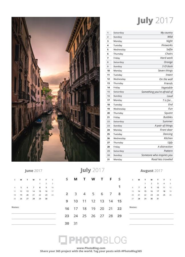 PhotoBlog Sample Calendar Page