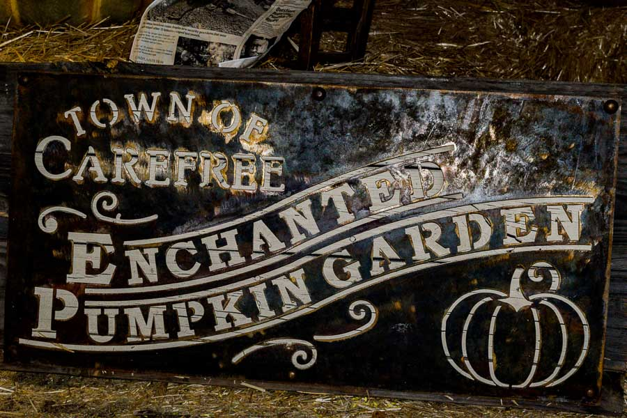 Enchanted Pumpkin Garden Sign